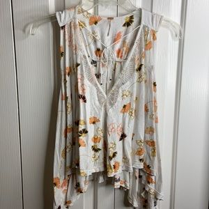 Free people size XS little summer top with lace